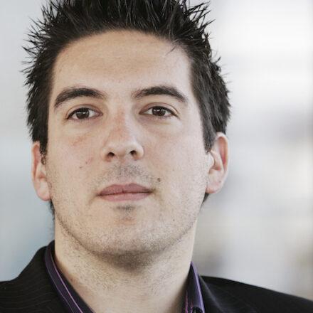«Le bon marketing ne se voit pas» – Interview d'Emmanuel Malard, auteur de «Les 50 petits trucs (infaillibles) du marketing»