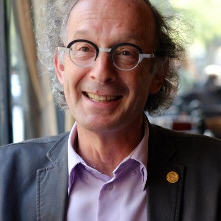 Profession « Traqueur de signaux faibles » – Le microportrait de Philippe Cahen