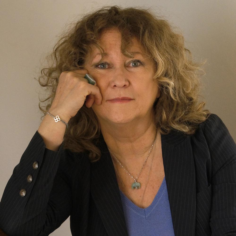 Interview Elisabeth Martine-Cosnefroy : les changements de comportements des consommateurs associés à la crise sanitaire covid19