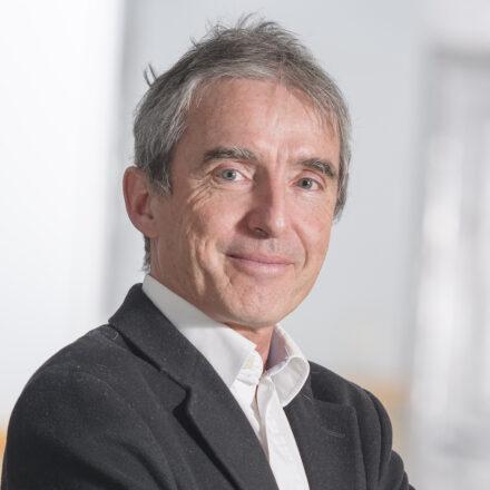 «Une étude de marché ne s'achète pas comme si c'était des boulons!» – Interview d'Eric Vernette, professeur à la Toulouse School of Management