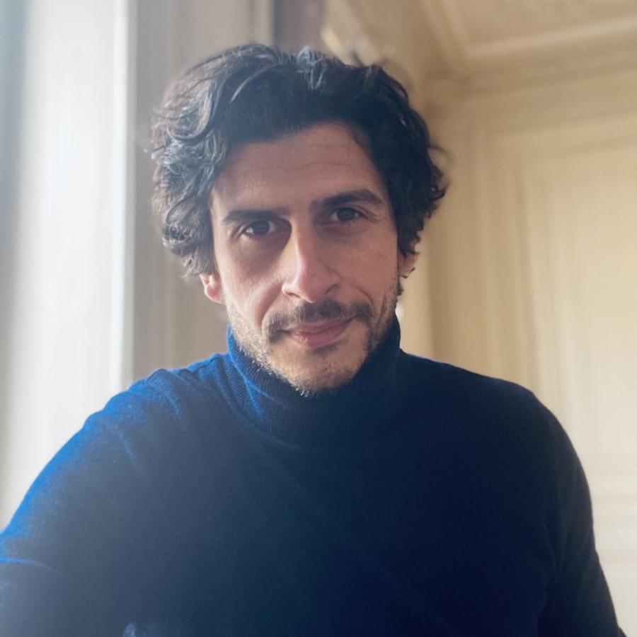 «Découvrir des vérités profondes sur les consommateurs est un plaisir addictif!» – Interview micro-portrait de Selim Messaï, responsable Consumer & Market Intelligence d'Ecotone