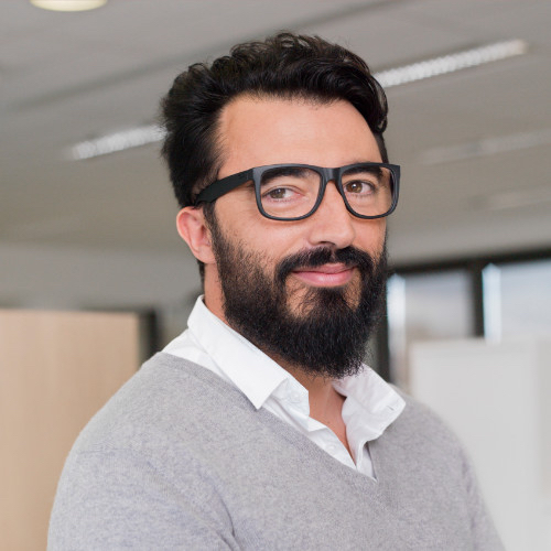 Eric Garcia, directeur du pôle Luxe-Beauté de l'institut d'études marketing CSA
